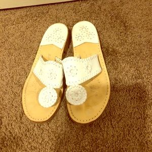 Jack Rogers white sz 5.5 leather flip flops sandal